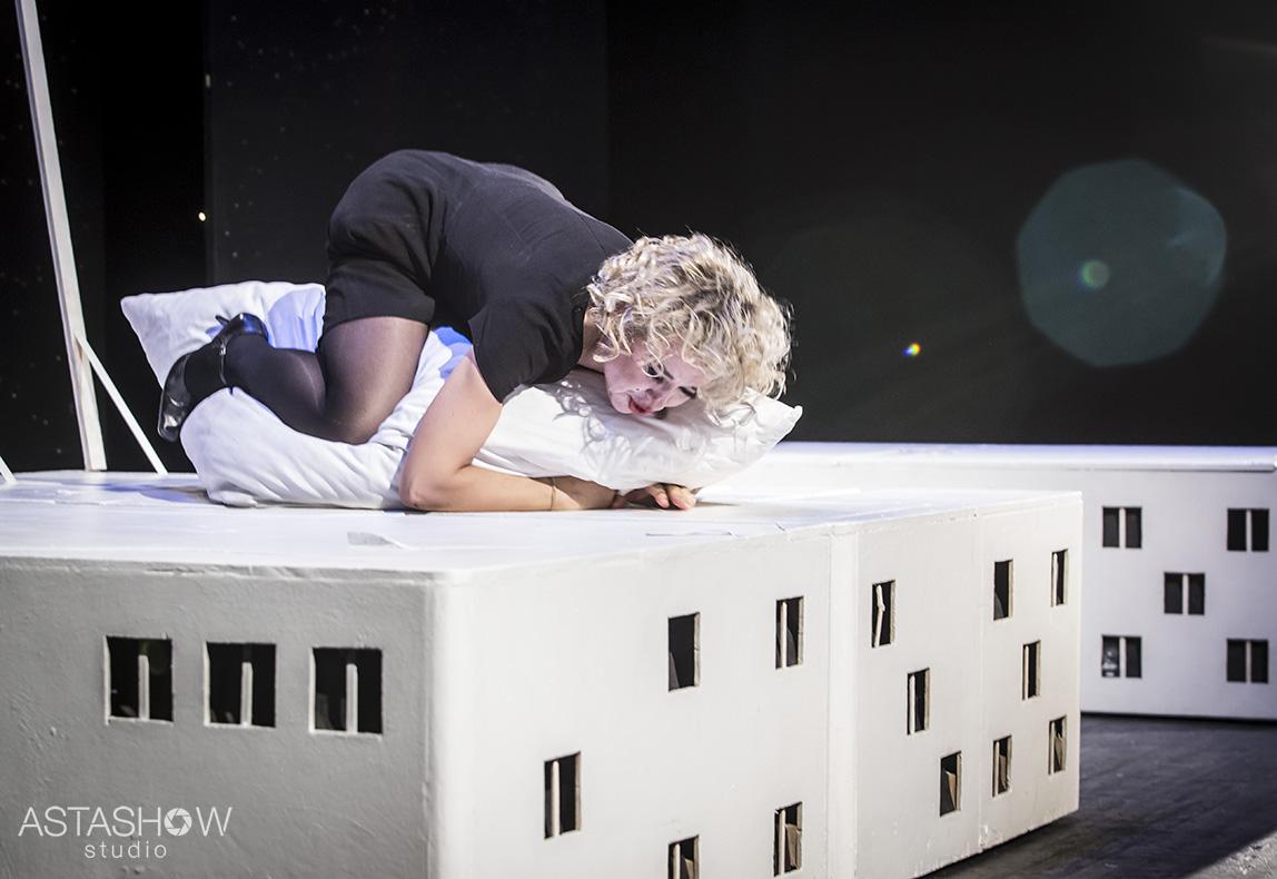 W poszukiwaniu miłości Jakob i leindental Teatr Tu i teraz (85)